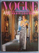 Vogue Magazine - 1990 - April